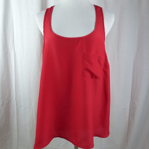 db96acba844 Forever 21 Tops - Forever 21 Plus Size XL Solid Red Tank Top